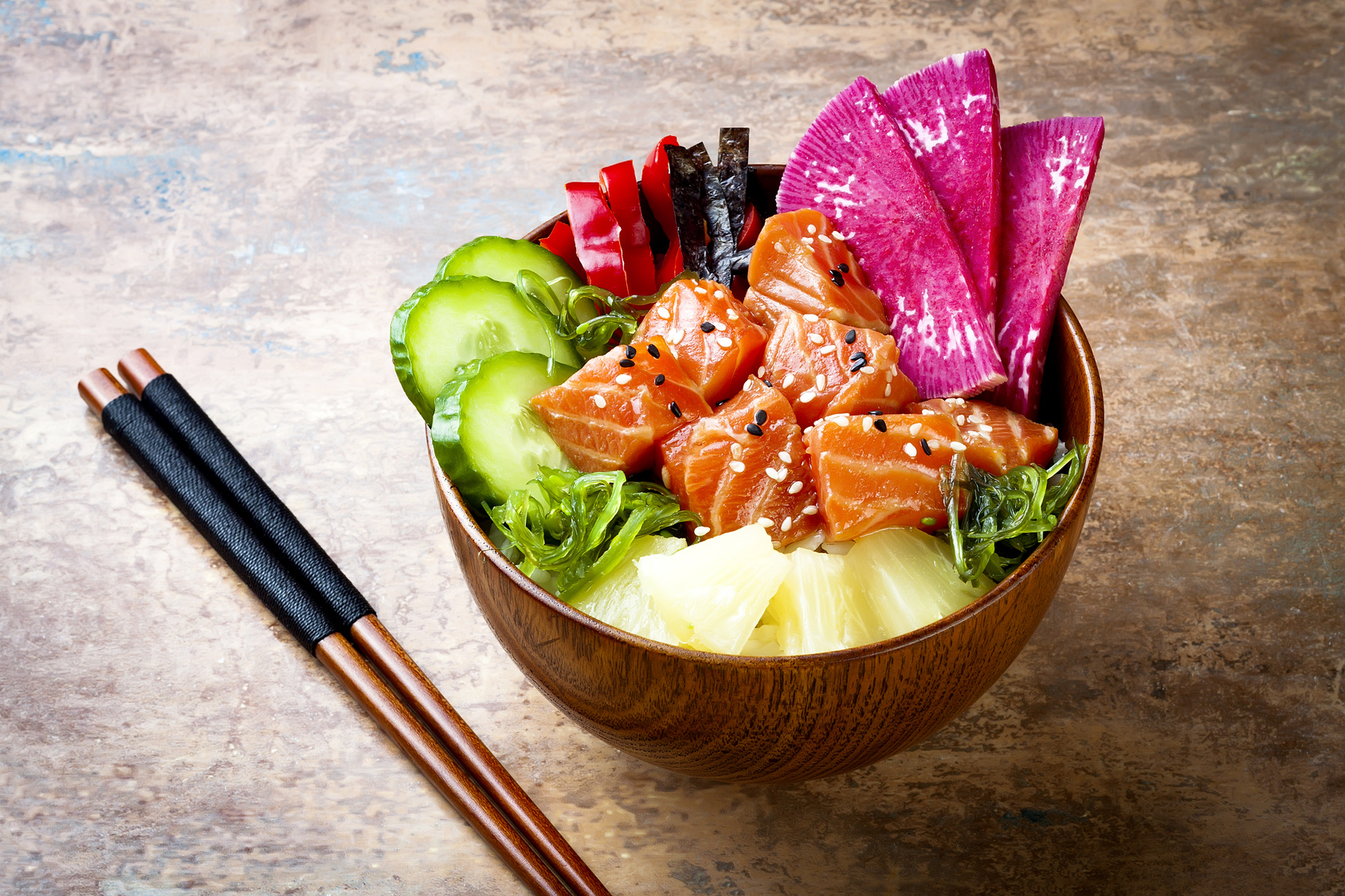 Zalm-poke-bowl- Happiness in a Bowl