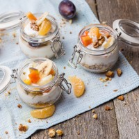 OVERNIGHT OATS MET SINAASAPPEL EN WALNOOT